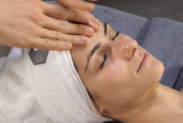 Profase viso Jelly rhea cosmetics centro estetico le orme roma montesacro